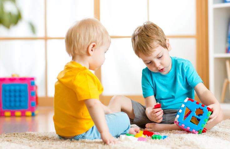 წლამდე ასაკის ბავშვის განვითარების ეტაპები