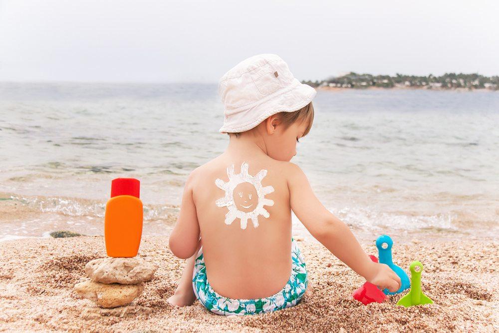 როგორ გამოვიყენოთ მზისგან დამცავი კრემი სწორად