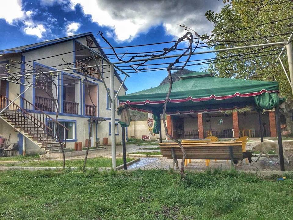 საოჯახო სასტუმრო აბასთუმანში