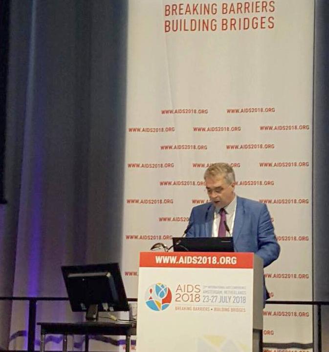 დავით სერგეენკო ამსტერდამში  ჯანდაცვის მსოფლიო ორგანიზაციის  მინისტერიალზე სიტყვით გამოვიდა